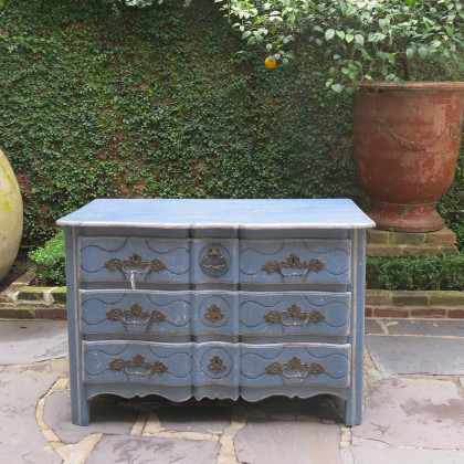 Antiqque French Commode